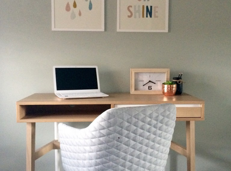 home-office-desk-and-chair