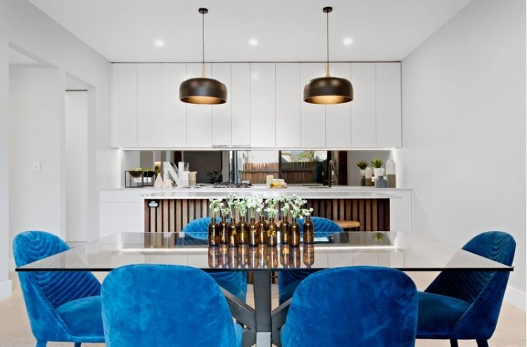 dining-table-blue-chairs